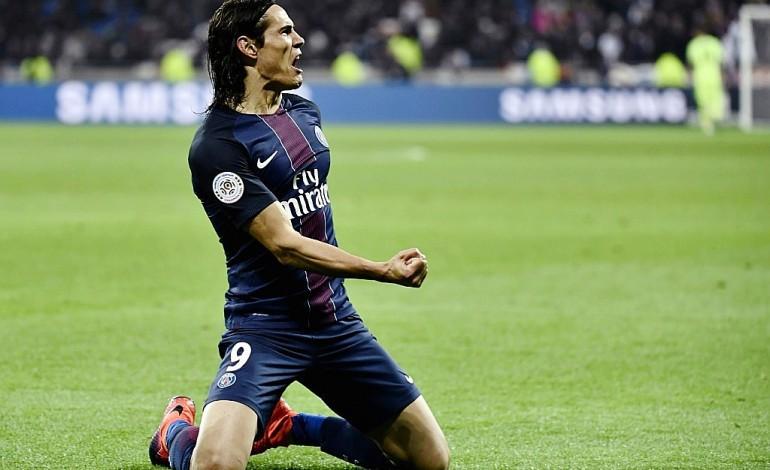 Ligue 1: Cavani offre à Emery une victoire clé à Lyon