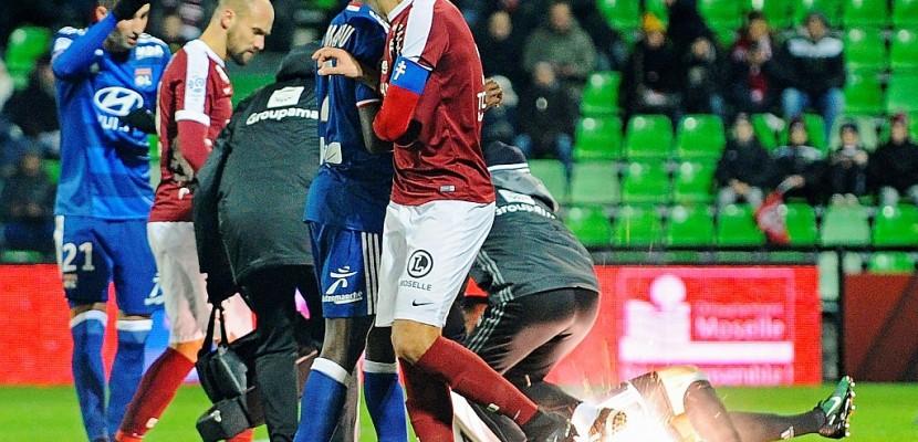 Ligue 1: match arrêté définitivement à Metz pour jets de pétard sur le gardien lyonnais