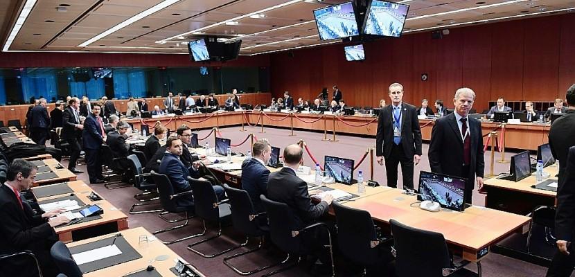 Dette grecque: l'Eurogroupe adopte des mesures d'allègement à court terme