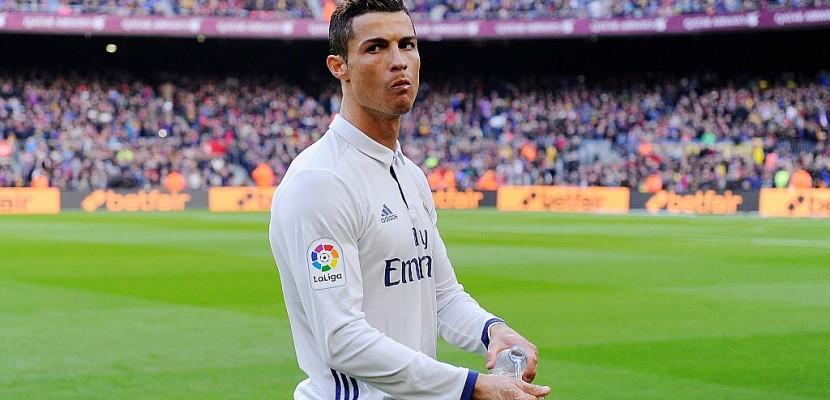 """Evasion fiscale: Ronaldo reçoit l'appui du Real face aux """"Football Leaks"""""""