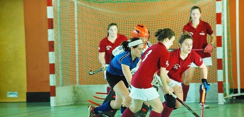 Premier championnat de Hockey en salle féminin à Caen