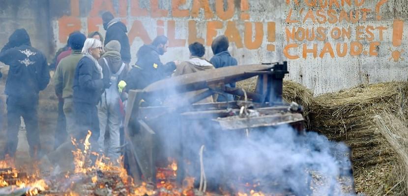 ND-des-Landes: après le départ de Valls, le gouvernement repousse la perspective d'une évacuation