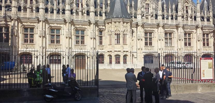 Rouen: il agresse un passant au taser
