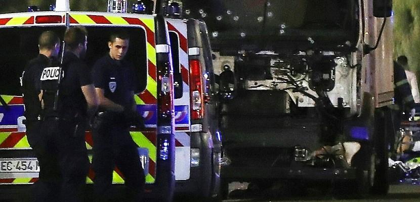 Attentat de Nice: dix hommes interpellés à Nice et un à Nantes