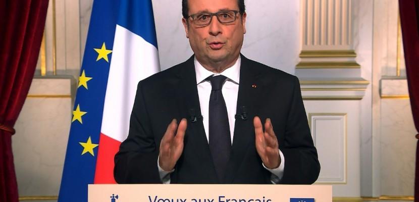 Voeux aux Français: Hollande va tenter de soigner sa sortie