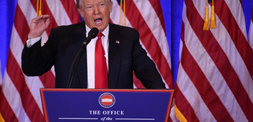 Donald Trump en guerre ouverte avec ses espions