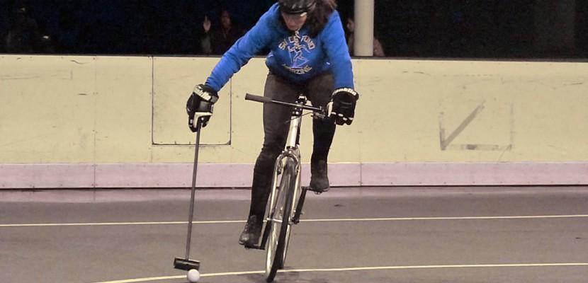 À Rouen, les funambules du bike polo préparent leur tournoi annuel