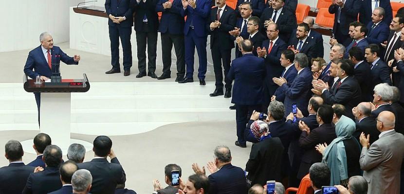 Turquie: le président Erdogan se rapproche d'un pouvoir renforcé