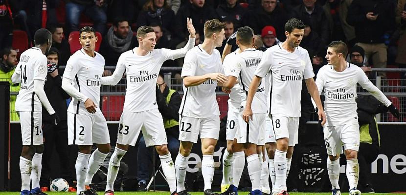Ligue 1: PSG et Monaco bêtes affamées, OL et OM bêtes blessées