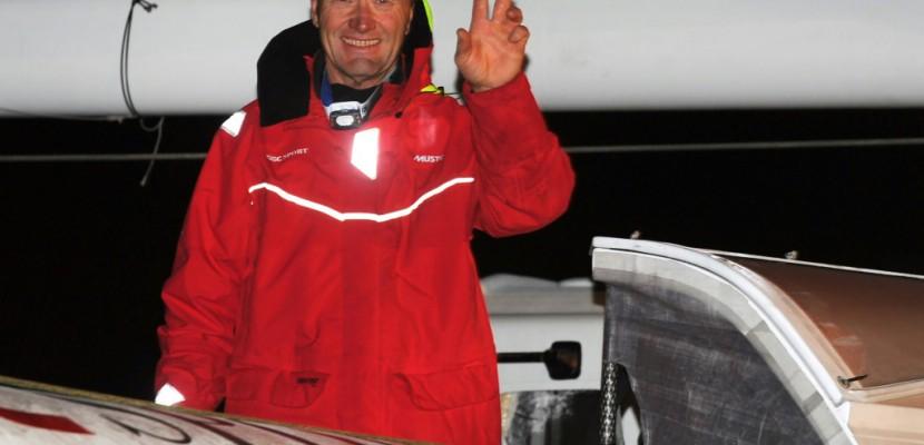 Trophée Jules Verne: le monde en 40 jours pour Francis Joyon !