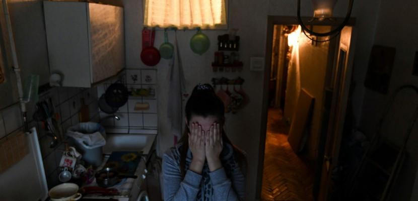 La dépénalisation des violences domestiques en Russie bouleverse victimes et associations