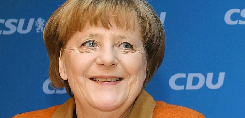 Merkel réconcilie tant bien que mal son camp en vue des législatives