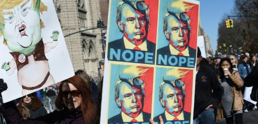 Les anti-Trump marchent à New York pour le Jour des présidents