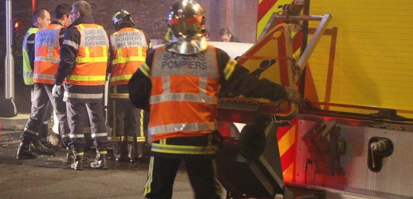 Accident sur la bande d'arrêt d'urgence : deux morts sur l'A84