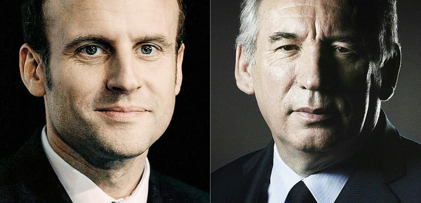 Début de la rencontre Macron-Bayrou à Paris