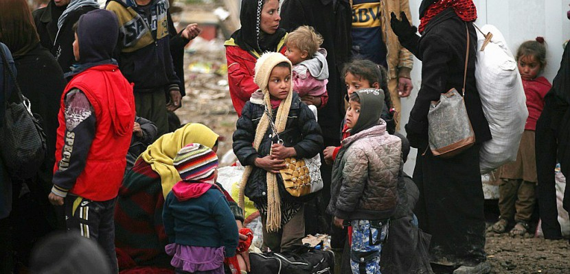 Mossoul-Ouest: 180.000 personnes à la rue en raison des combats