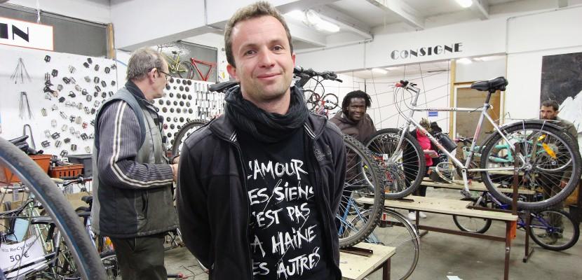 """Port du casque obligatoire à vélo : à Caen, une """"association dénonce un frein à la pratique"""""""