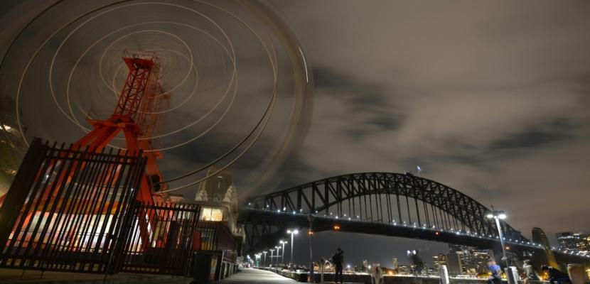 """Climat: Sydney lance l'""""Earth Hour"""" en plongeant dans l'obscurité"""
