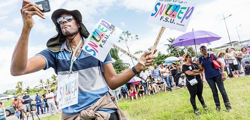 """Guyane: la crise, résultat d'une """"longue dégradation"""", selon des experts"""
