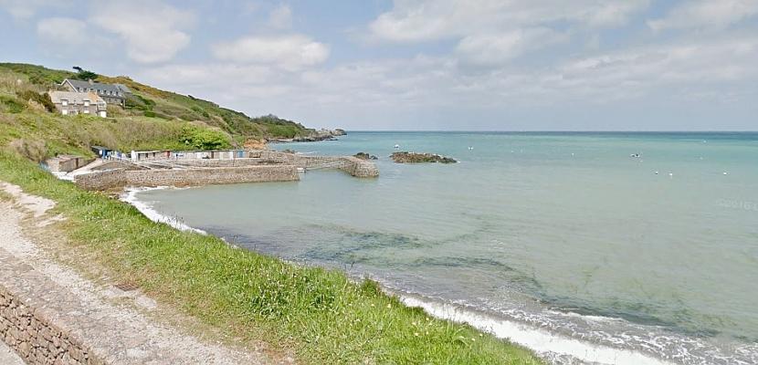 Normandie : ils tombent à l'eau et nagent plus de 2 heures pour survivre