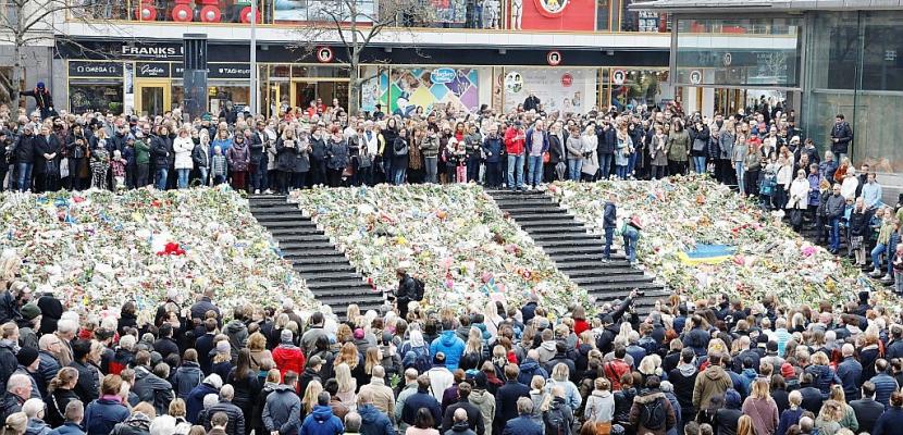 La Suède rend hommage aux victimes de l'attentat au camion bélier
