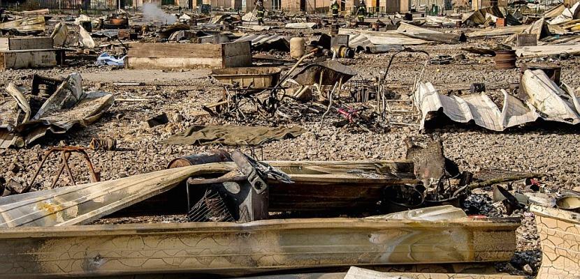 Grande-Synthe: après l'incendie, incertitude sur le relogement des migrants
