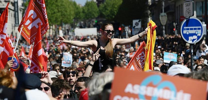 La France tenue en haleine à une semaine de la présidentielle