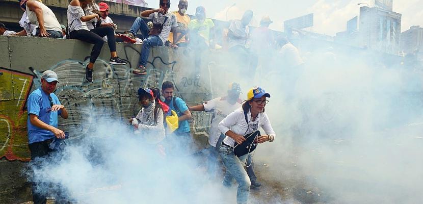 Venezuela: un mort lors d'une manifestation massive de l'opposition