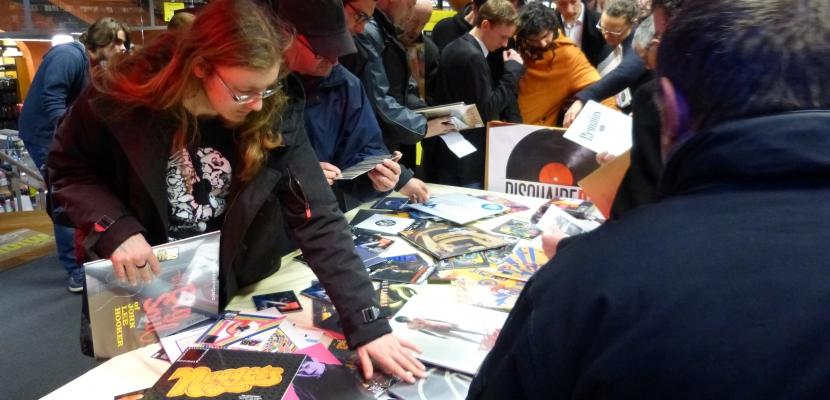 """Le """"Disquaire Day"""" fête les disquaires indépendants et les fans du disque vinyle."""