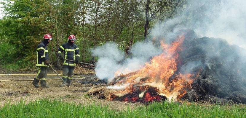 Série d'incendies dans les exploitations agricoles d'une même famille dans le Bessin