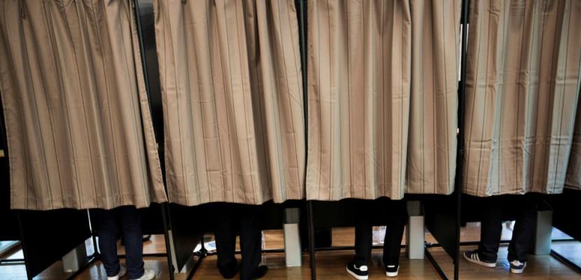 Ouverture des bureaux de vote en métropole pour la présidentielle