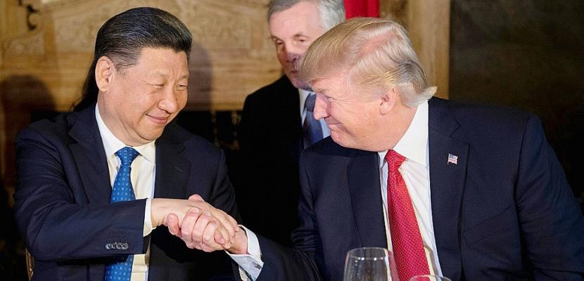 """Corée du Nord: Xi appelle à la """"retenue"""" lors d'un appel avec Trump"""