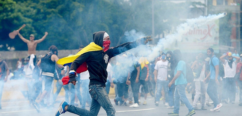Venezuela: l'opposition poursuit ses manifestations