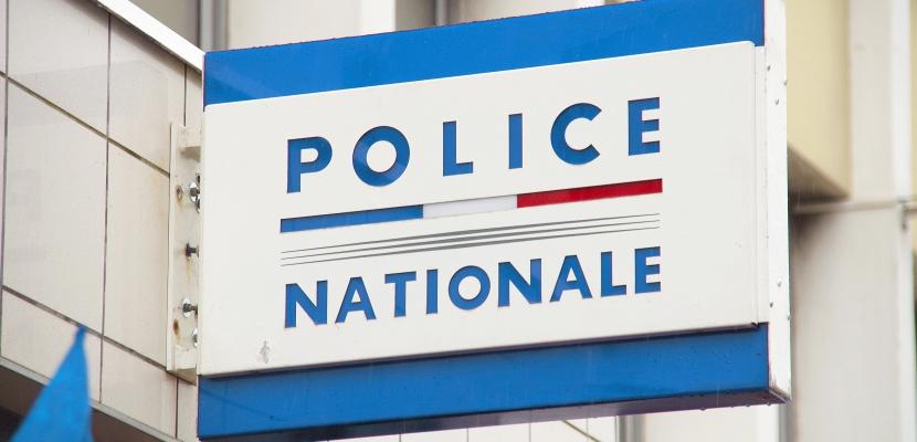 Conditions de travail: des policiers de Normandie manifestent à Paris