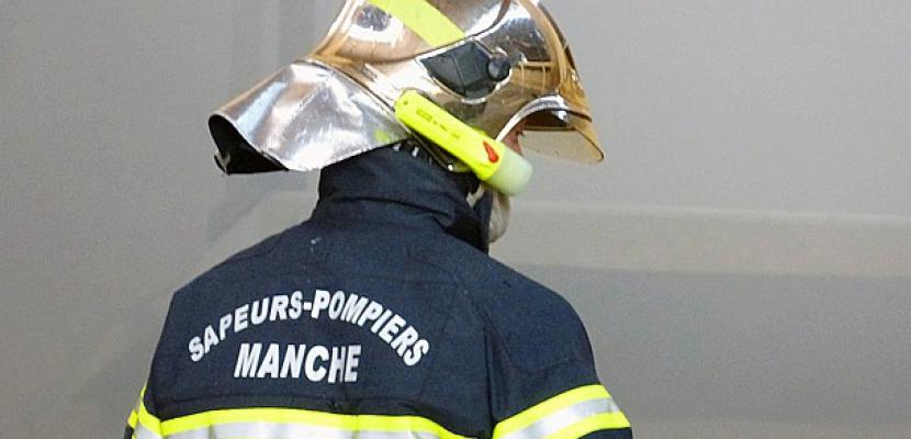 Manche : un hangar détruit par un incendie,2500 poulets périssent