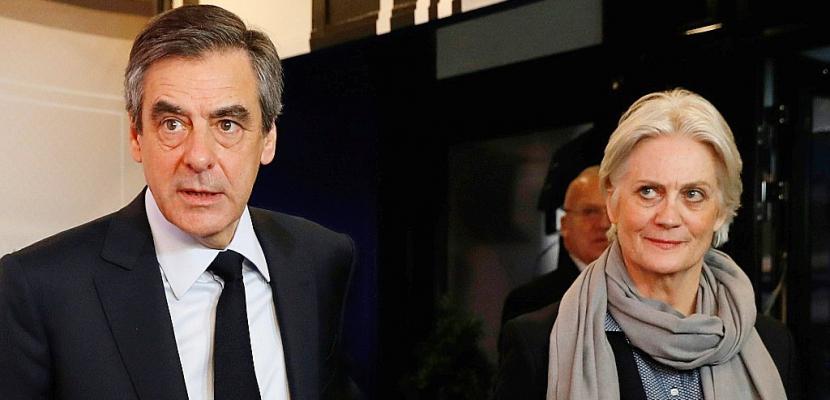 Affaire Fillon: deux journaux locaux de l'Orne sommés de transmettre leurs archives au juge