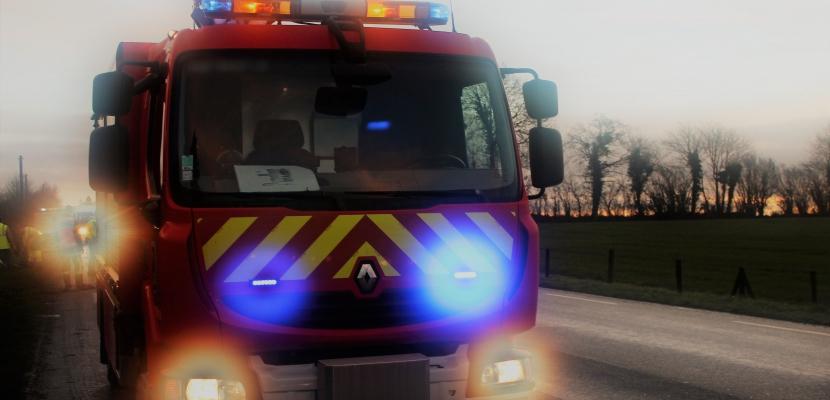 Motos contre voiture dans la Manche : deux hommes blessés dont un gravement