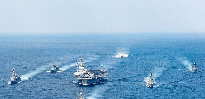 """Un amiral américain reconnaît le fiasco de """"l'armada"""" en route vers la Corée du Nord"""