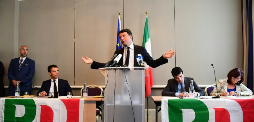 Italie: le PD élit son chef, Renzi en pole position