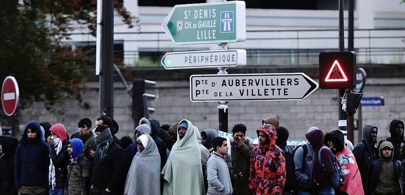 A Paris, de plus en plus de migrants afghans arrivent depuis l'Allemagne