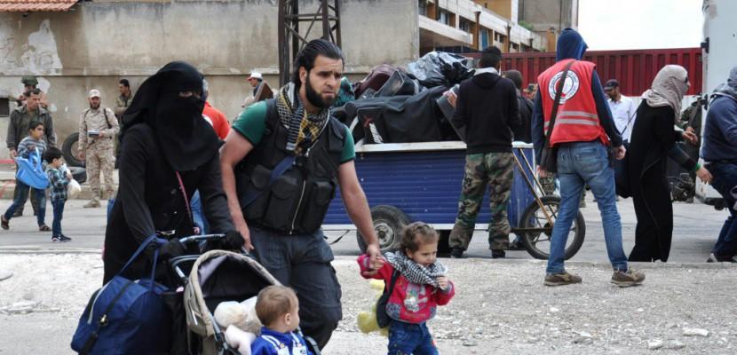 Syrie: nouvelle déroute pour les rebelles, exécution de 19 civils par l'EI