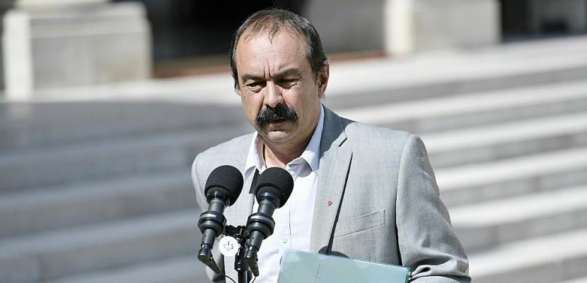 """Réforme du code du travail: le calendrier du gouvernement """"a l'air d'avoir bougé"""" (Martinez, CGT)"""