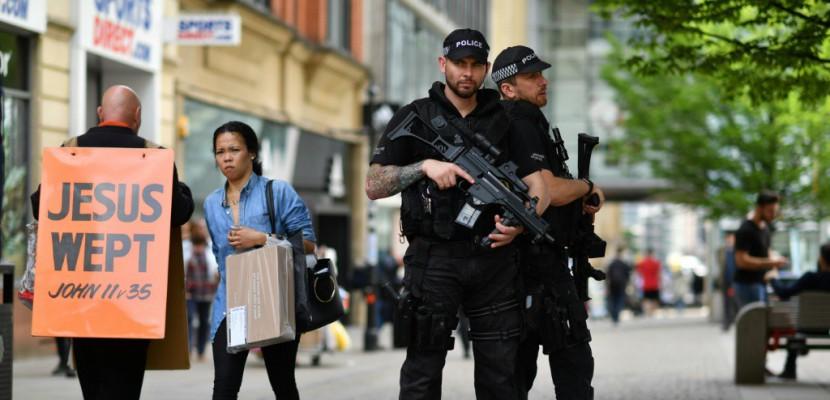 Manchester: le père de l'auteur présumé membre d'un ex-groupe islamiste