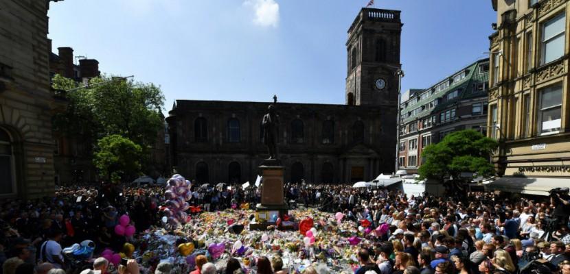 Attentat de Manchester: les clubs de la ville  donnent un million de livres pour les victimes