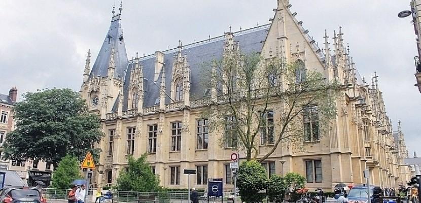 Rouen : il perd son sang-froid et met le feu