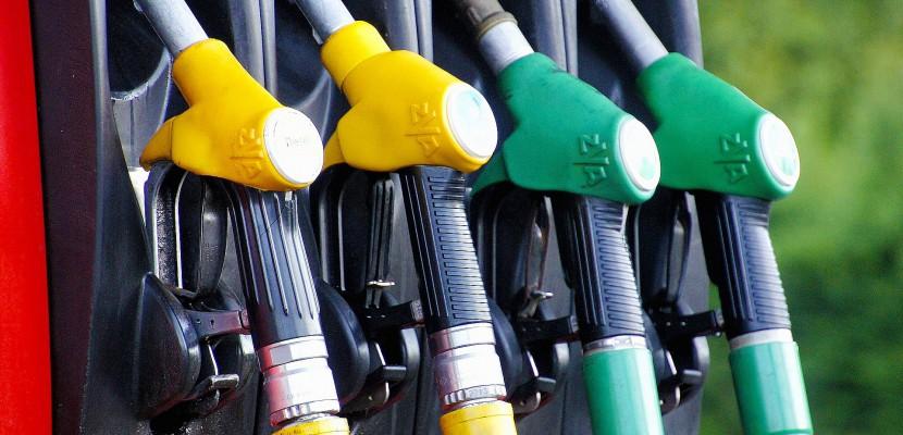 Le terminal pétrolier de Grand-Quevilly bloqué par les chauffeurs