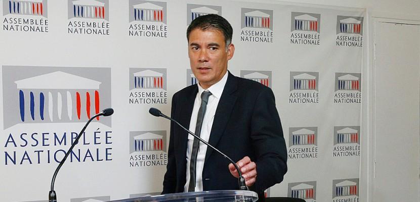 Olivier Faure prend la tête d'un groupe PS exsangue et divisé