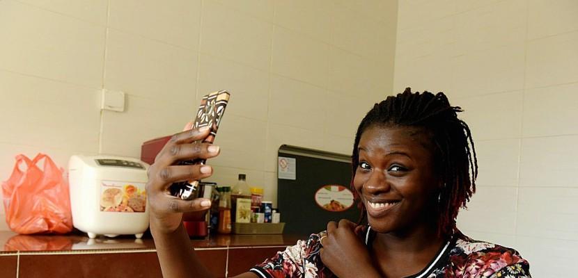 """Africaine et cuisinière 2.0, Karelle Vignon partage ses """"Gourmandises"""""""