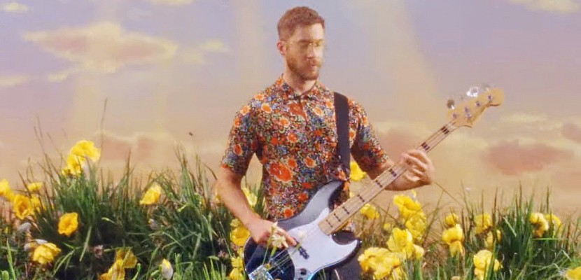 Calvin Harris invite Pharrell Williams et Katy Perry dans Feels