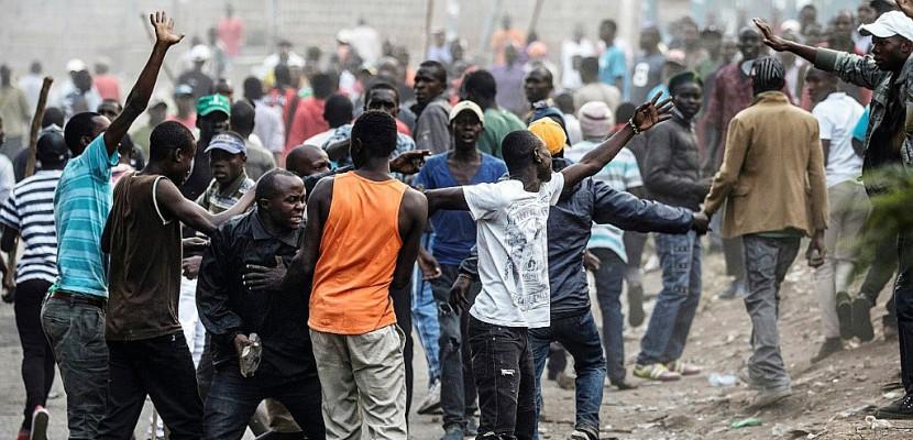 Kenya: Odinga appelle ses partisans à rester chez eux, avant un mardi décisif